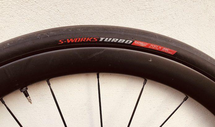 Test longue durée des pneus Tubeless Specialized S-Works Turbo RapidAir 2Bliss Ready en 700×26 et 700×28